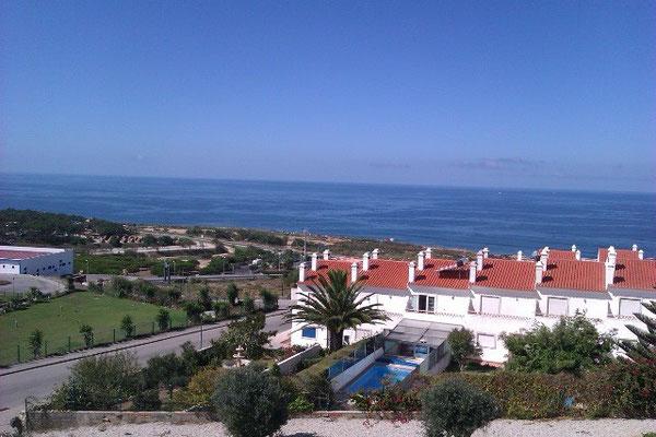 Blick zum Meer von Ericeira