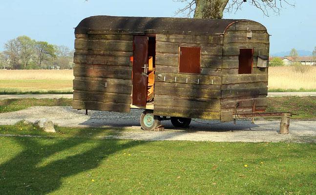 Holz Wohnwagen, VW Bus mieten oder VW Bus kaufen by Lifetravellerz