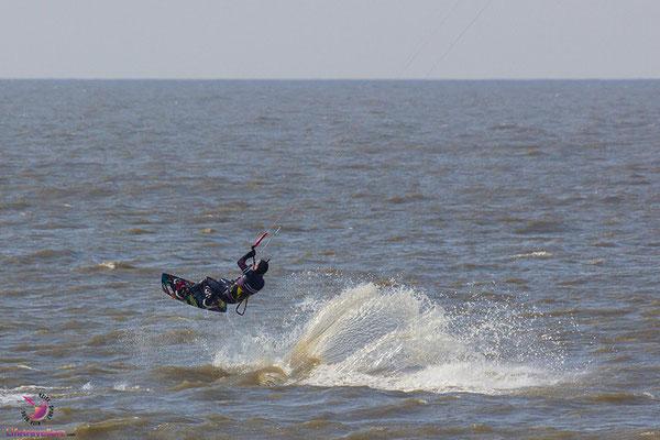 Kitesurfen lernen in St. Peter Ording - Kitesurfurlaub an der Nordsee