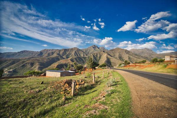 4x4 Roadtrip durch Südafrika und Lesotho - Blick auf die Maloti Berge
