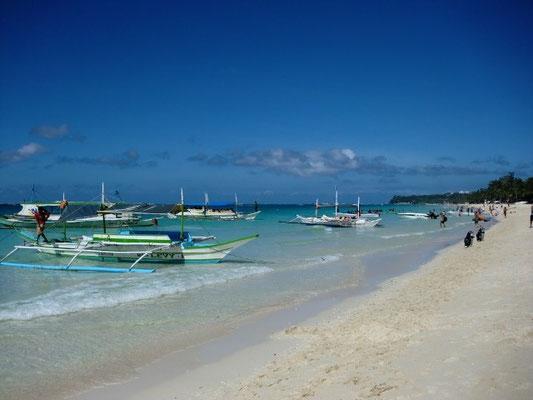 Auslegerboote auf Boracay