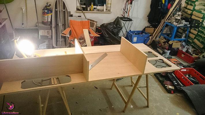 VW T5 Bus Ausbau Möbelbau - Beifahrerseite Möbelbau