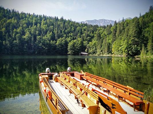 Bootsfahrt am Toplitzsee im Salzkammergut
