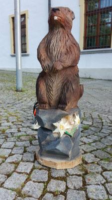 Murmeltier - Schnitzen mit der Kettensäge - Allgäu-Carving by Martina Gast