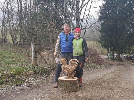 """""""Schnitzen mit der Motorsäge"""" by Martina Gast"""