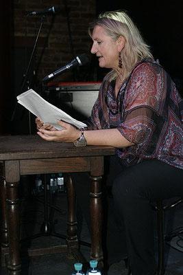 Angelika Hager (Polly Adler)