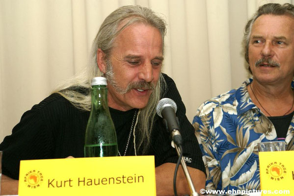 Variable Kommunikation: Joe Leitner und VAKO: www.vako.at