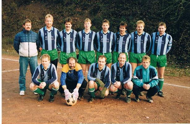 1. Mannschaft Oktober 1990 - Trainer Dieter Bremm