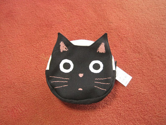 黒猫フェイスポーチ