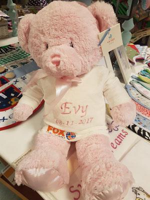 Knuffel beer met logo en naam