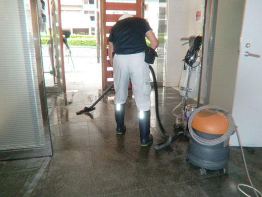 ウェットバキューム 定期床面清掃@菱和パレス高輪TOWER