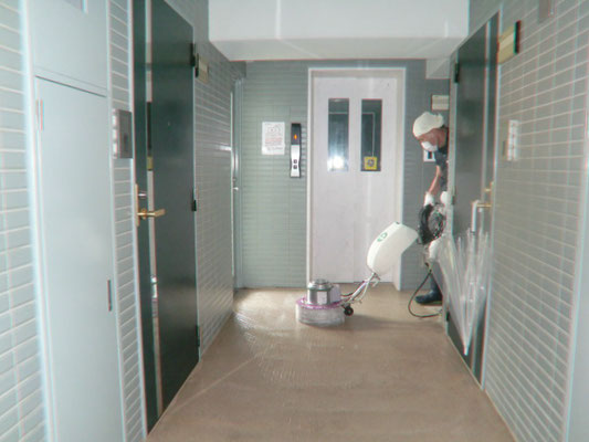ポリッシャー 定期床面清掃@菱和パレス高輪TOWER
