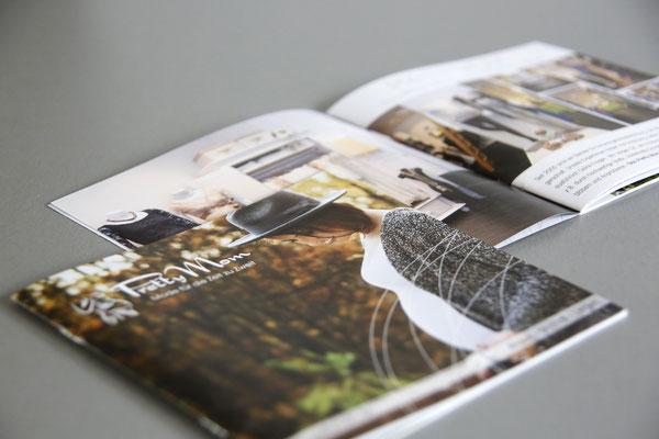 Informationsbroschüre, Konzept, Design, Themenrecherce, Text, Foto, Fotoauswahl