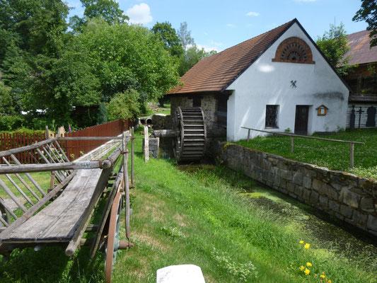 vieux moulin vers Jimarov