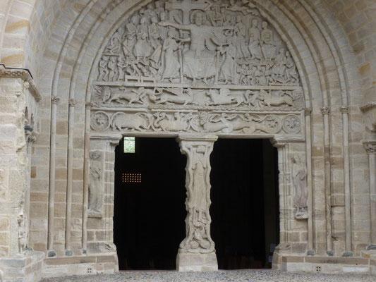 tympan de l'abbaye de Beaulieu