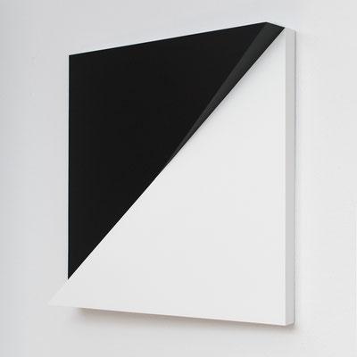 DIAGON - 2011 - 60 x 60 x 11 cm