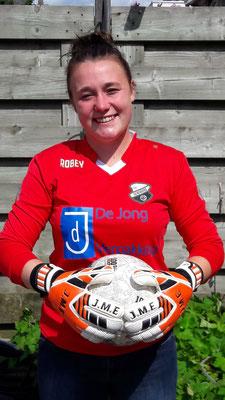 Sanne Bijkerk , Doelvrouw SV HEINENOORD DAMES -19