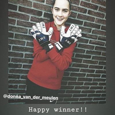 Donna van der Meulen ,