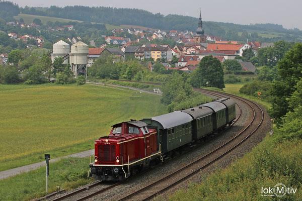DB V100 211 041-9 kommt aus Kulmbach zurück 05/2018