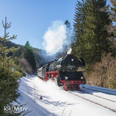 41 1144-9 kurz vor Durchfahrt in Oberhof (02/2019)