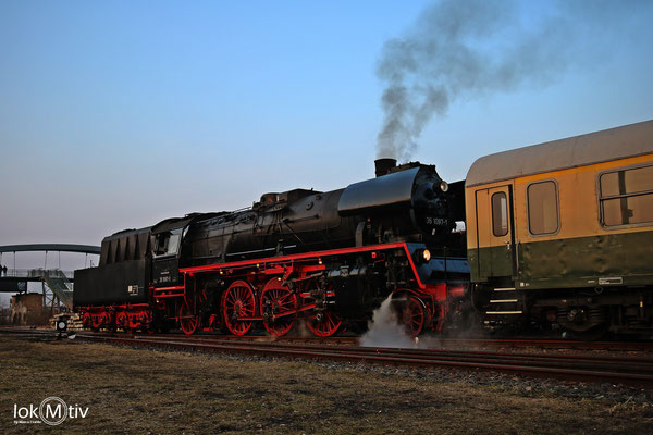 35 1097-1 im Eisenbahnmuseum Leipzig am Abend 03/2018