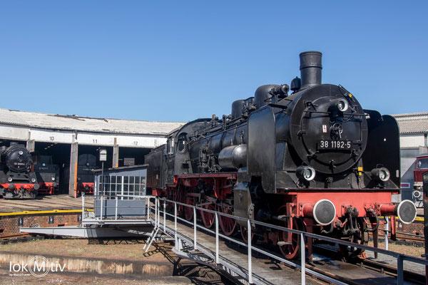 38 1182-5 (preuß. P8) im Eisenbahnmuseum Arnstadt (04/2019)