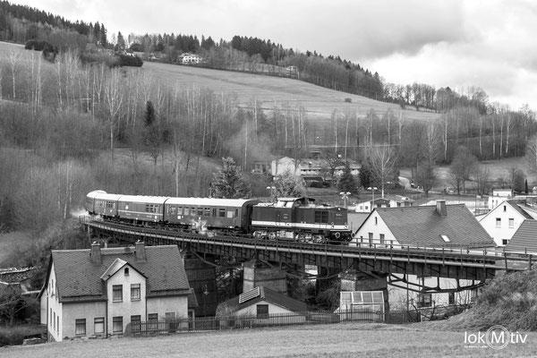 Die Löbauer 112 231-4 übernimmt die Lichtelfahrten nach Schlettau (12/2019)