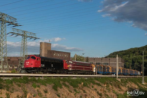 MY 1142 und 1138 der CLR bringen einen Holzzug nach Wismar, Aufnahme am Pumpspeicherwerk Niederwartha(05/2020)