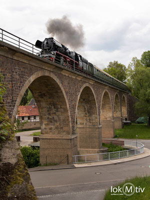 35 1097-1 auf dem Viadukt in St. Egidien