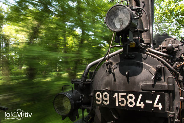 99 1584-4 macht richtig Geschwindigkeit (30 km/h)