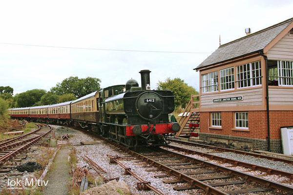 GWR 6412 bei der Einfahrt in Totnes Riverside (08/2018)