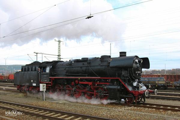 44 1486-8 wird in Saalfeld abgespannt 02/2017