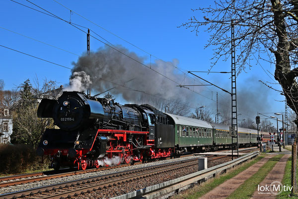 03 2155-4 in Cossebaude nach Berlin 04/2018