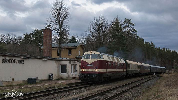 118 552-9 hat Durchfahrt in Börnecke / Harz