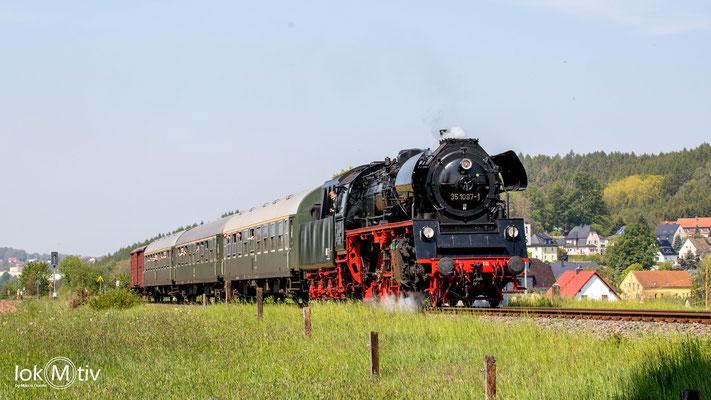 35 1097-1 in Hohendorf in Richtung Stollberg (05/2019)