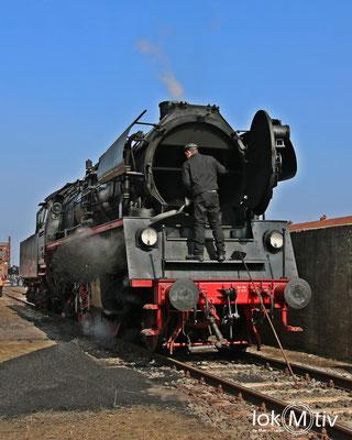 35 1097-1 im Eisenbahnmuseum Staßfurt während des Restaurierens 03/2018