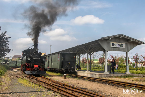 99 1584-4 bei der Zugumfahrung in Oschatz