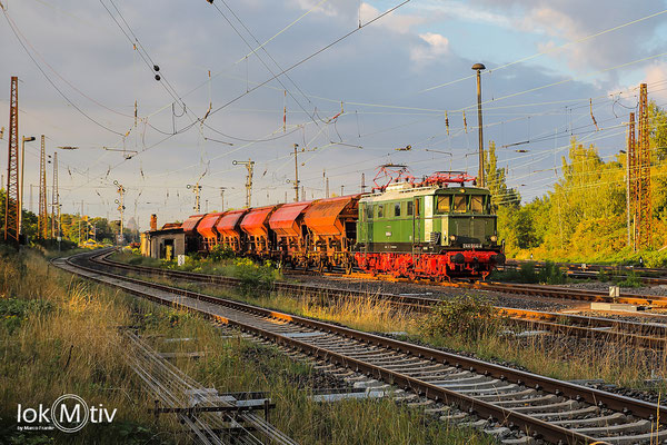 244 044 nimmt Fahrt in Leipzig Schönefeld auf (09/2020)
