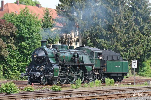 bay. S3/6 3763 im Bahnhof Neuenmarkt beim Umsetzen