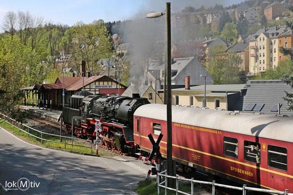 Einfahrt in den Bahnhof Annaberg - Mitte