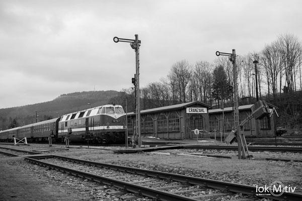 118 770-7 wartet in Cranzahl auf Rückfahrt nach Chemnitz (12/2018)