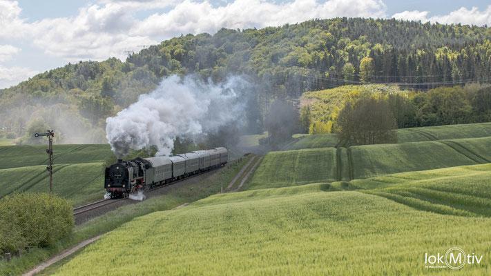 01 2066-7 in Breitungen am See in Richtung Eisenach (05/2019)