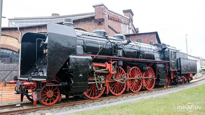 19 017 (ehemals Sächs. XX HV Nr. 4523) im Eisenbahnmuseum Dresden 04/2019
