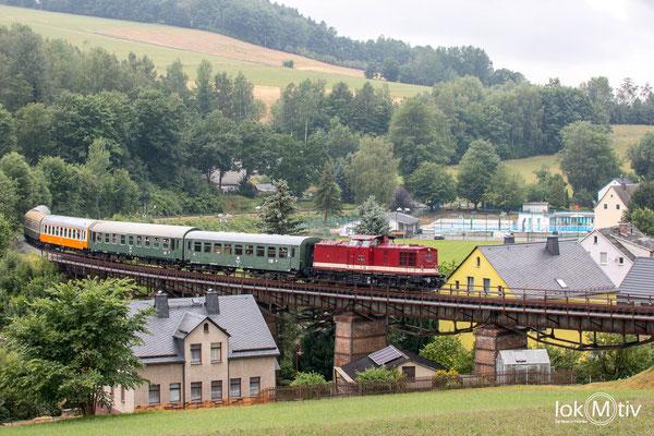 Klassische Stelle in Markersbach in der Schwimmbadkurve, nach wenige km bis Schlettau