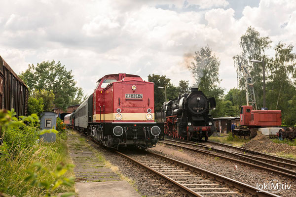 112 481-7 beim Abholen zweier Bghw's aus dem Eisenbahnmuseum Leipzig (EMBB)