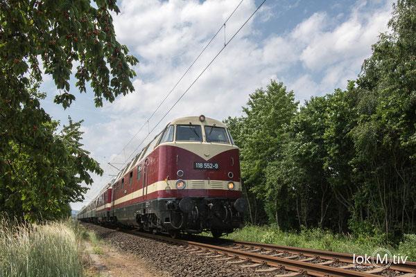 118.552-9 und 118.719-4 in Sonneberg (06/2019)