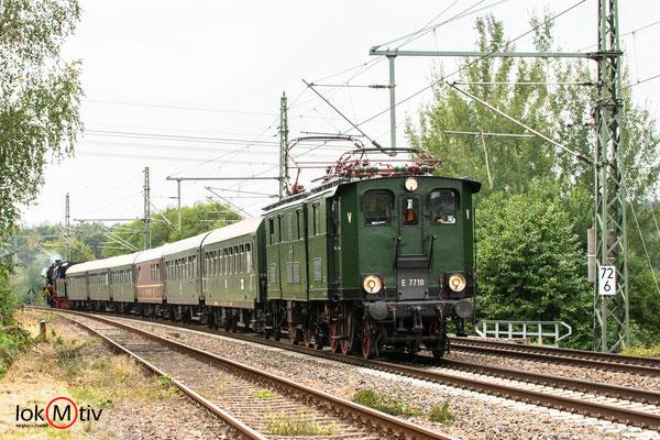 """E77.10 """"Elli"""" kurz vor der Einfahrt in Niederwiesa (08/2019)"""