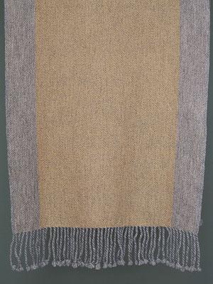 Als warmer Schal ein Leichtgewicht