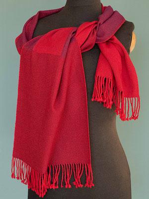 Ein Schal wie wärmende Glut