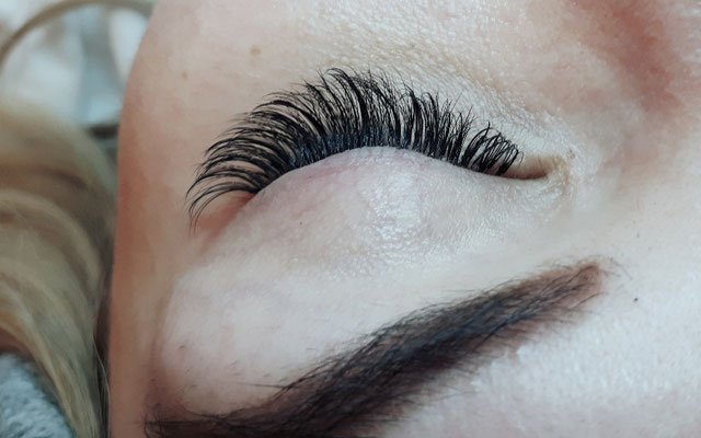 Hybrid Lashes Ayana hair & more Binningen